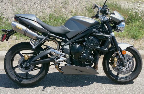 ns demo ride triumph street triple r salzmoto. Black Bedroom Furniture Sets. Home Design Ideas