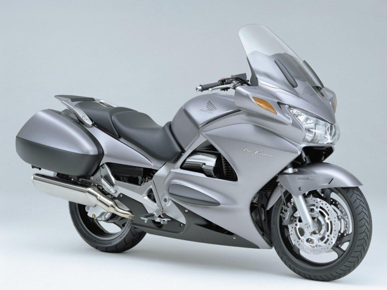 Modern Motorcycle Showdown The Contenders Salzmoto